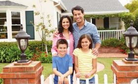 Comment aménager sa location pour accueillir une famille avec enfants ?
