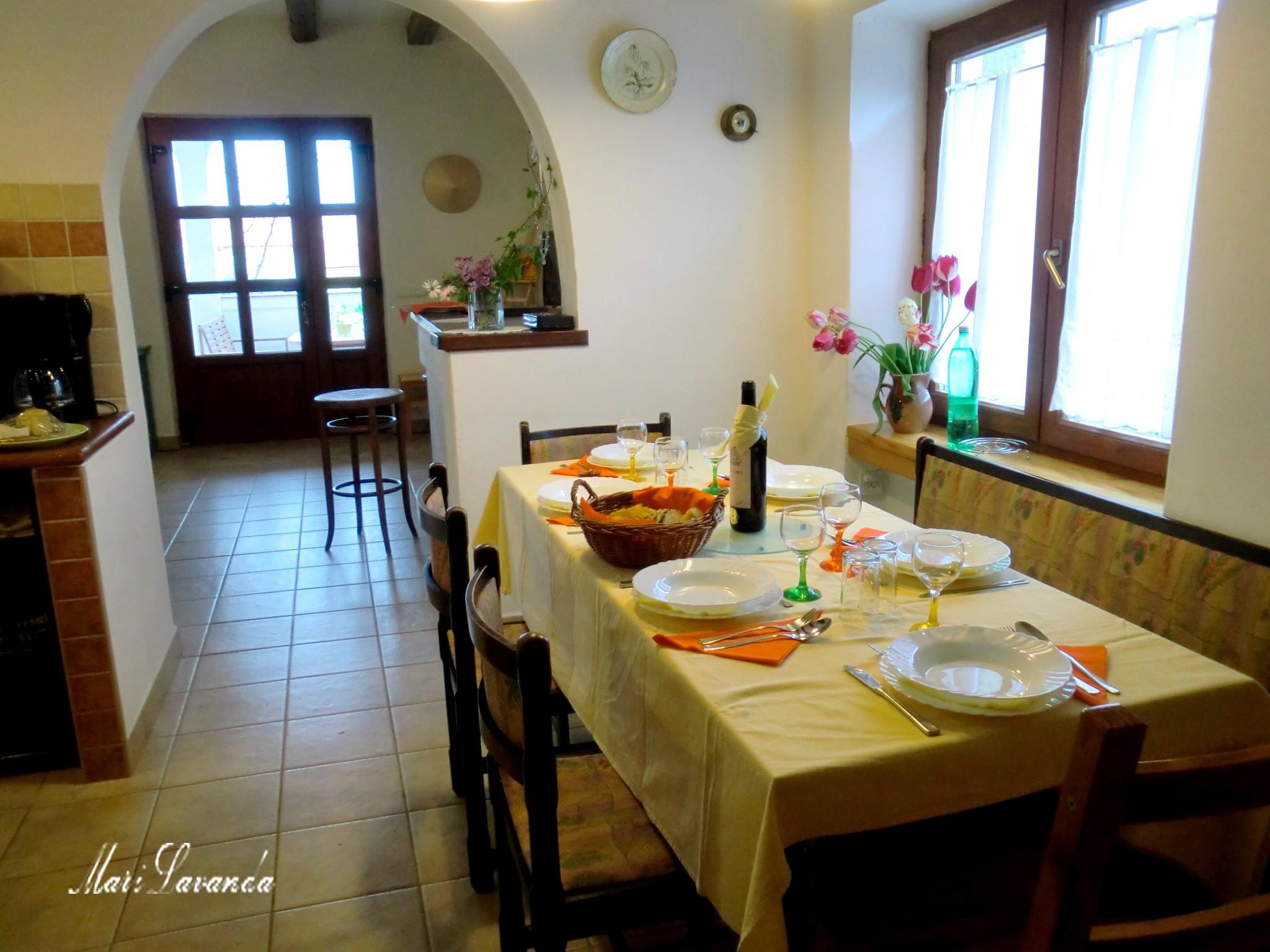 Apart MariLavanda, A table !