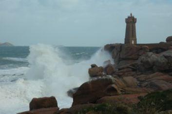 Le phare sentier des douaniers