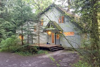 Mt. Baker Lodging - Vacation Home 19