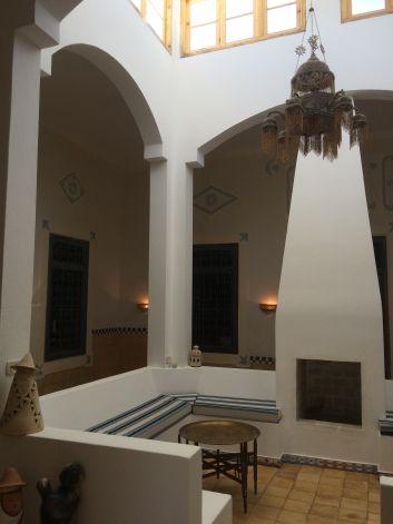 Le patio intérieur a été recouvert pour former un grand espace s