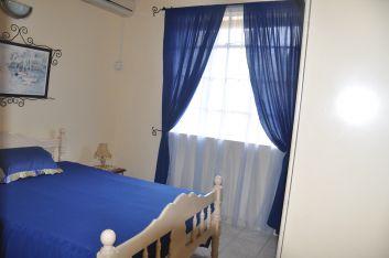 3ème chambre lit double ( rez-de-chaussée ).