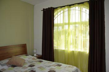 Chambre 1 avec lit double ( étage ).