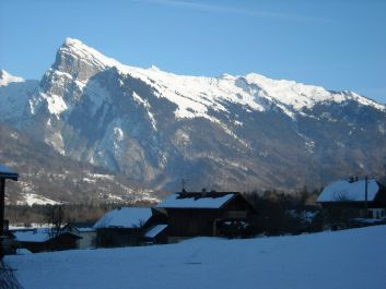 montagne  le Criou vue de La Grange aux mésanges