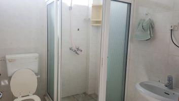 Salle de bain et toilet