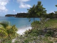 l'arrivée sur la plage de l'anse Canot