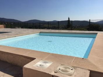 la piscine de la copropriété