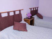 chambre 2 lits 0.90 carrelage terre cuite