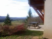 Vue côté EST du gîte de la terrasse en été
