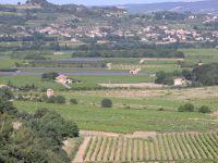 En fond Mirabel - En bas à gauche notre maison avec la location