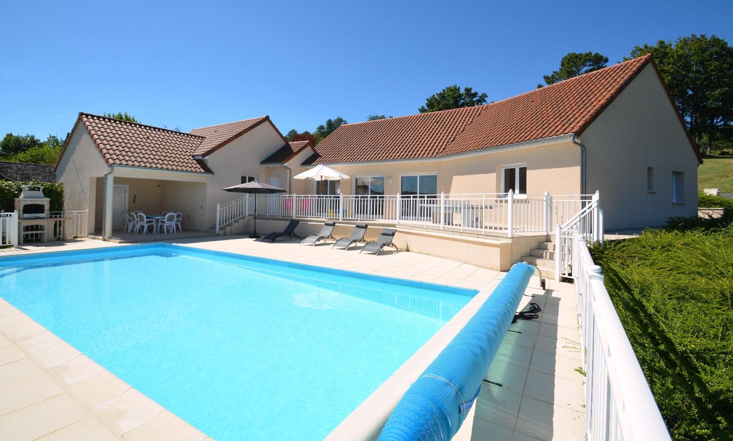 piscine chauffée privée de 11 x 5 m