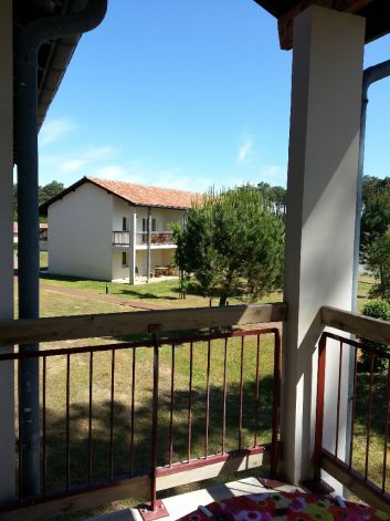 Balcon panoramique à 2 cotés ombragé l'été, photo début juillet