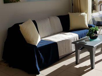 Canapé neuf pour 4 places assises