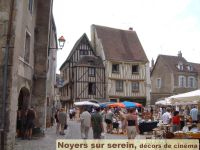 Noyers sur Serein: village classé à 20km