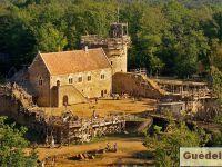 Le chantier médiéval de Guédelon.