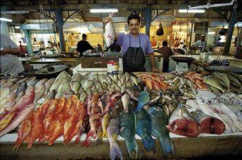 marchante  de poisson