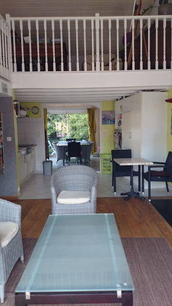 Salon  salle à manger cuisine