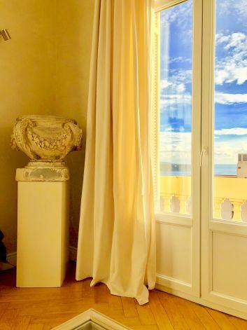 la vue du salon vers l'Italie , Roquebrune Cap Martin