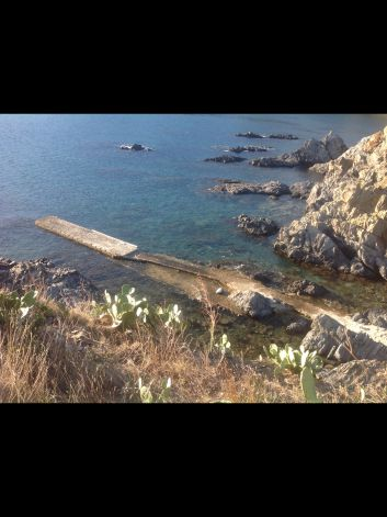 Embarcadère pour plongeurs et embarcation-200 m location