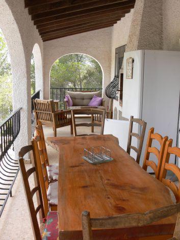 terrasse donnant directement dans le séjour