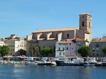l 'église Notre Dame et le port